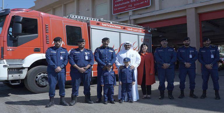 32b98ce633290 الكويت  بنك الكويت الوطني يحقق أحلام الأطفال علي ومالك تدربوا على حوادث  الحريق مع الإدارة العامة للإطفاء